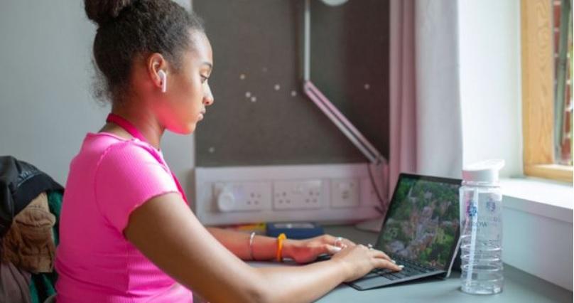 Harrow School Online – нови традиции в образованието vol.1
