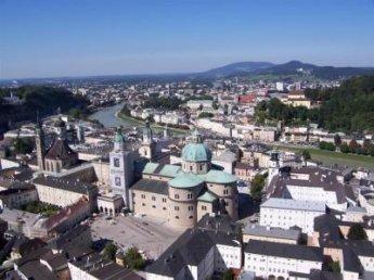 https://www.boardingschools.bg/uploads/images/schools/American_International_School_Salzburg.jpg