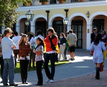https://www.boardingschools.bg/uploads/images/schools/TASIS-American-School.jpg